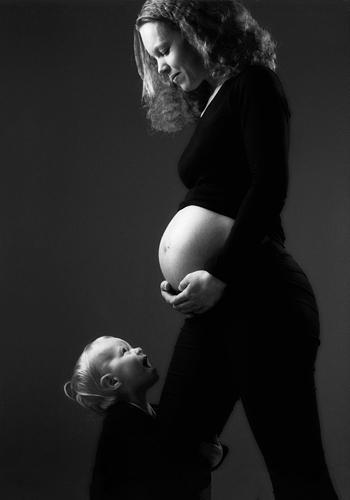 Zwangerschapsfotografie in de studio of op lokatie