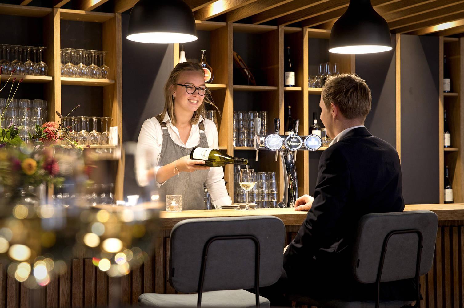 Nieuwe bar Hotel de Brink in Dwingeloo