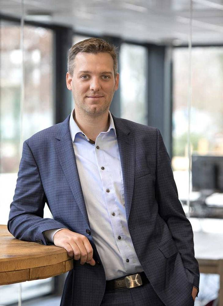 In opdracht van technisch dienstverlener Unica, directeur Industrial Solutions